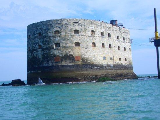 Poitou-Charentes, France : Fort Boyard boat trip