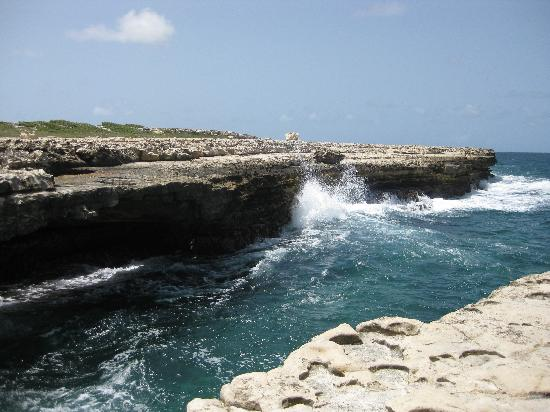 Saint Phillip Parish, Antigua: Devil's Bridge