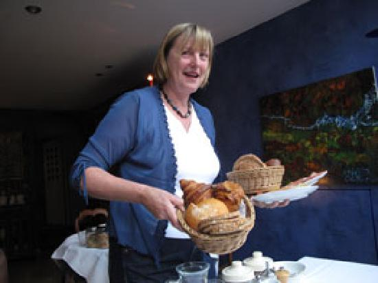 Absoluut Verhulst: Frieda with one of her wonderful breads
