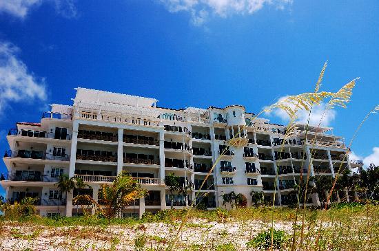 The Regent Grand: Regent Grand beachfront