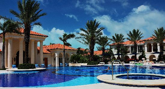 The Regent Grand: Regent Grand pool