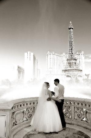 Vegas Wedding Packages.Bellagio Wedding Packages