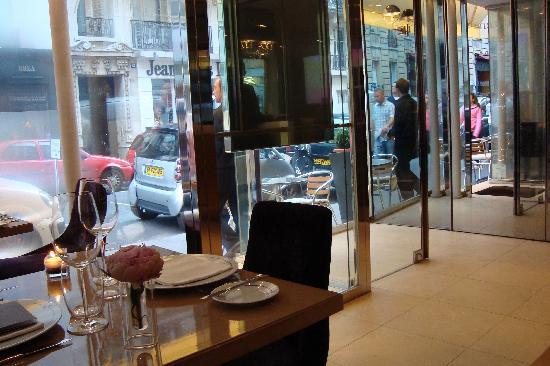 Guy Martin Italia : View of front door