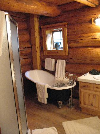 Wild Horse Inn : Great bathtub!