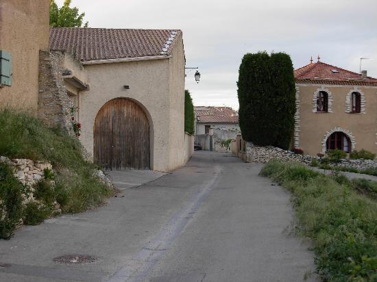 Jardin de Bacchus: Quaint Streets in the Village