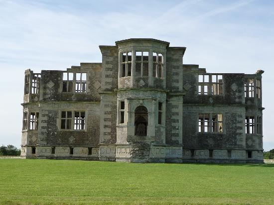 Lyveden New Bield: The house
