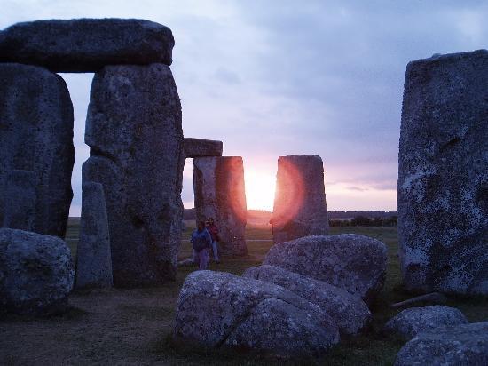 Cricket Field House : Atardecer en Stonehenge
