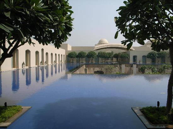 Trident, Gurgaon: view from room during daytime