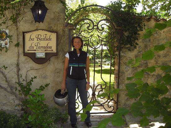 La Bastide du Paradou : entrata giardino