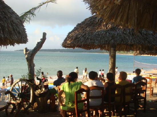 Terra Rika Dive Resort: Seaside Dining at CasaBlanca Seaside Grille