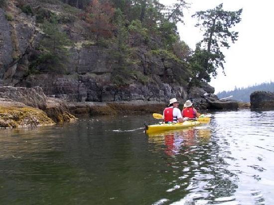 هيستوريك لوند هوتل: Kayaking in the islands