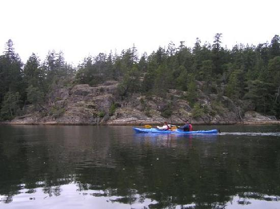هيستوريك لوند هوتل: More Kayaking