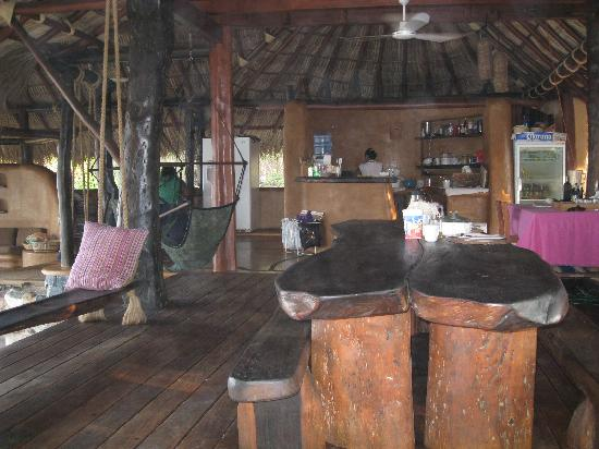 Casa Viva Troncones: Open living area