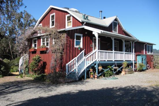 Olema Cottages: Main House