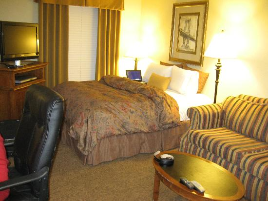 HYATT house Branchburg: had a 2 bedroom apartment.. this is one of the rooms..