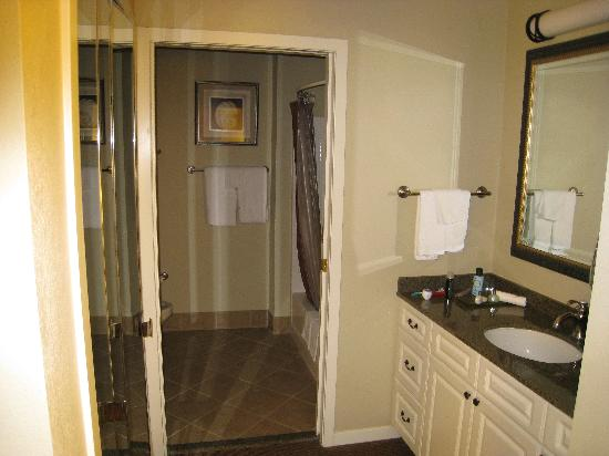 HYATT house Branchburg: the bath.. tub size was pretty decent too..