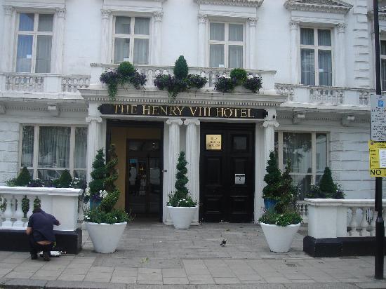 Fachada Hotel Picture Of Henry Viii Hotel London Tripadvisor