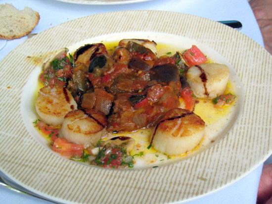 Argenson: scallops  of the menu à la carte