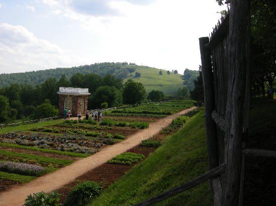 Heritage Museums & Gardens: museum