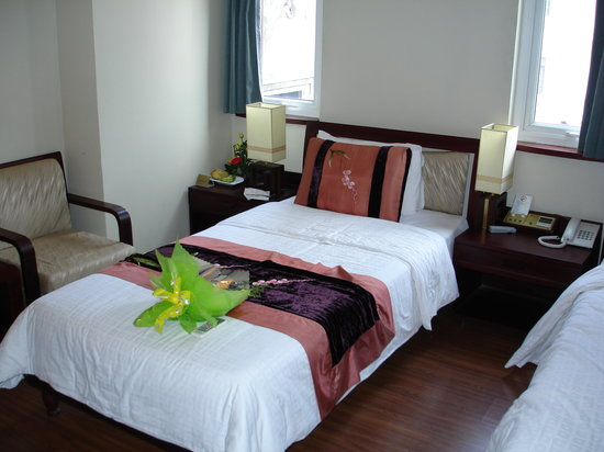ORCHID HOTEL: Comfortable Bed