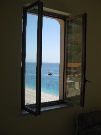 Letojanni, Italy: Ein letzter Blick vom Fenster aus...