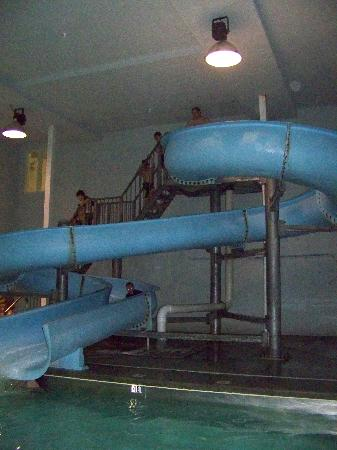 Days Inn West Yellowstone: Here's the waterslide.