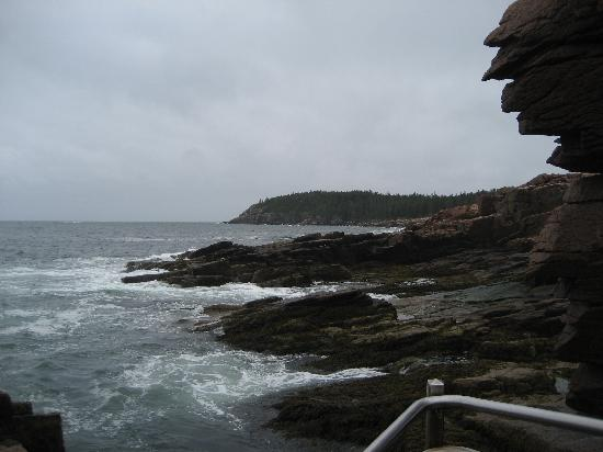 Thornhedge Inn: A look from Thunder Hole at Acadia National Park