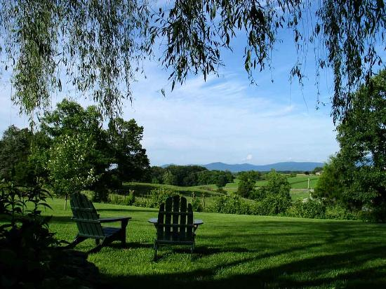 Piney Hill Bed & Breakfast: Rest, and dream your cares away!