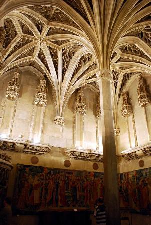 Musée de Cluny - Musée National du Moyen Âge : The structure itself is reason enough to visit this museum