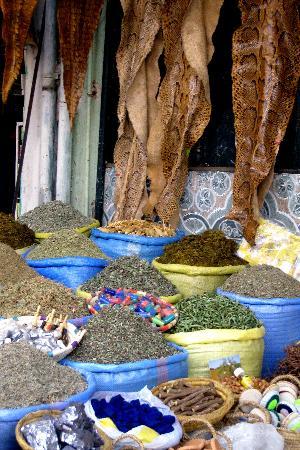 Riad Elizabeth: Souk in medina