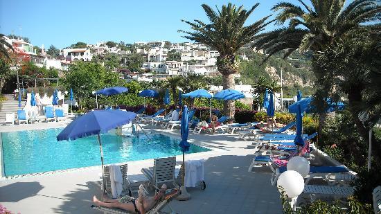 Hotel Capizzo : piscina