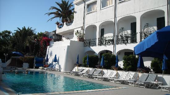 Hotel Capizzo: scorcio dell'hotel