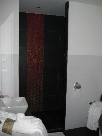 Grand Hotel Amrath Amsterdam: The bathroom was amazing