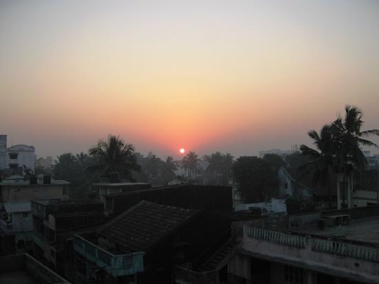 Hotel Gurukripa : Sunrise from the hotel room