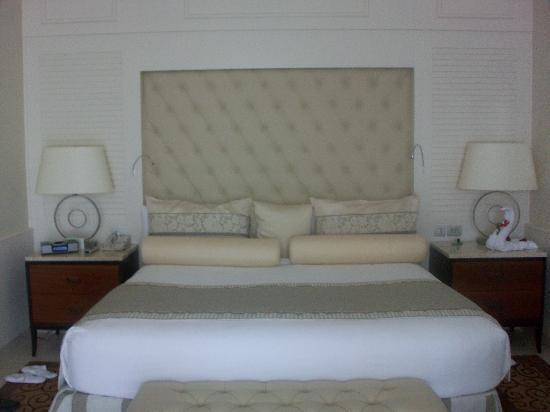 Iberostar Grand Hotel Bavaro: Bed
