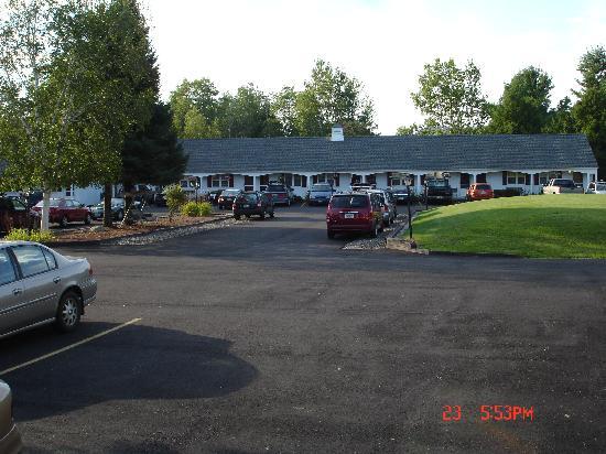 Stonybrook Motel & Lodge: Nice pic