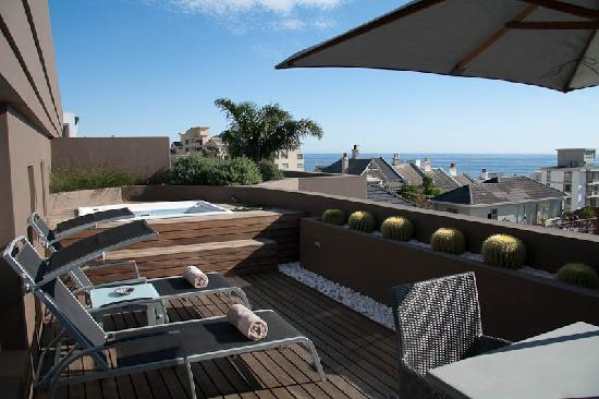 O on Kloof Boutique Hotel & Spa: Our Private Deck