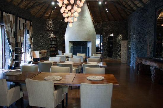 Singita Boulders Lodge: Dining Room