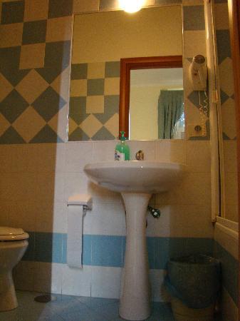 Ritmo Blues B&B: salle de bain