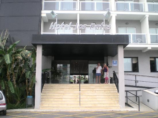 Hotel Los Patos Park : Puerta de entrada del entrada del hotel
