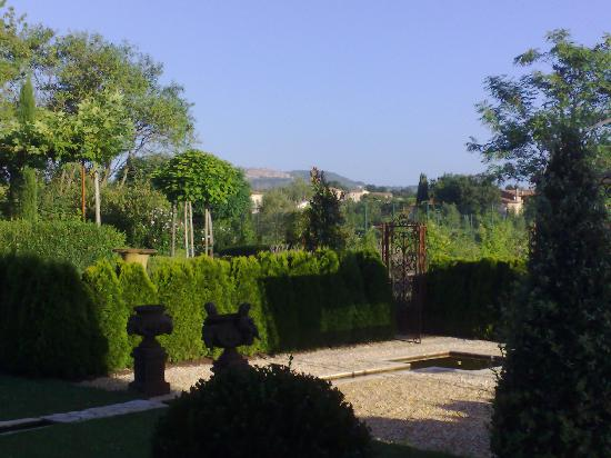 Borgo Santo Pietro: gardens