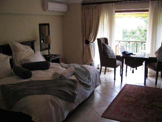 FernIvy Guest House: room no 2