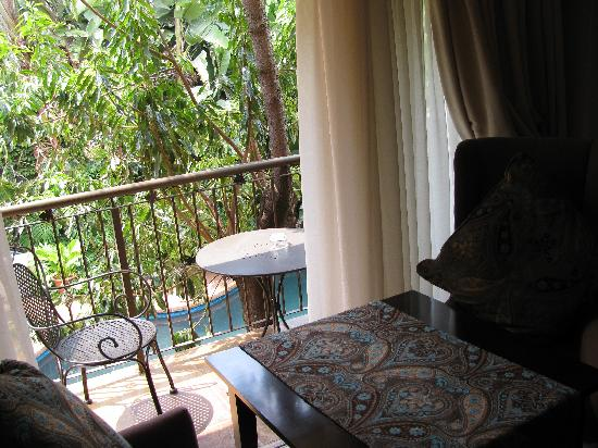 FernIvy Guest House: balcony room no 2