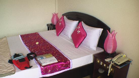 Beautifully presented room at Hai Au Hotel Hoi An