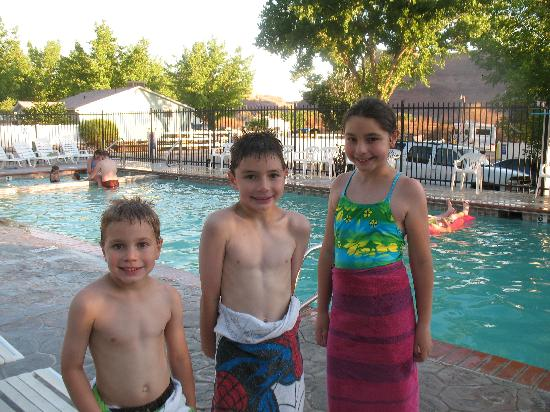 Moab Valley RV Resort & Campground: the swimming pool
