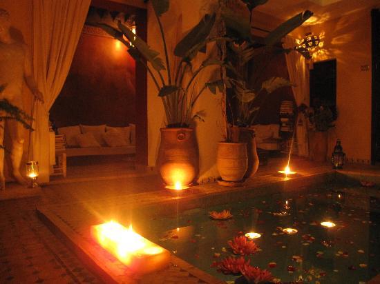 Riad Aguaviva: piscina del riad