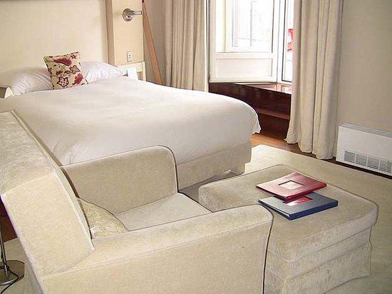 Auberge Saint-Antoine : Bedroom