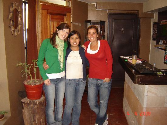 In Casita: Mariana, Paulina, y yo(Josefina)