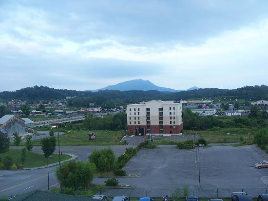 Holiday Inn Express & Suites Pigeon Forge - Sevierville: view from our room