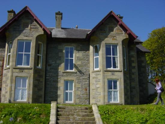 Berstane House: The house itself